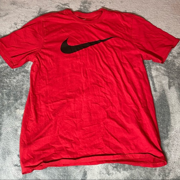 Nike Other - Red Nike tee